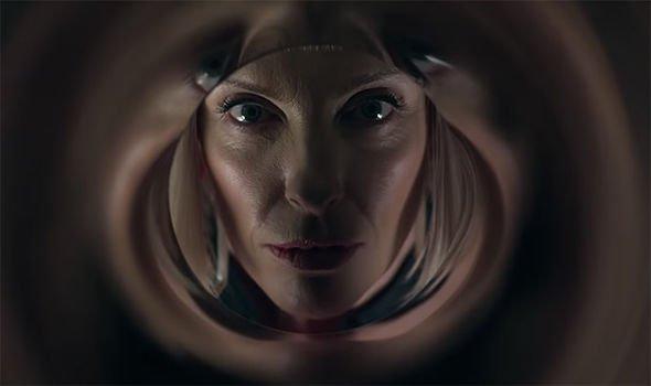 Velvet-Buzzsaw-trailer-Netflix-horror-stars-Toni-Collette-1682388